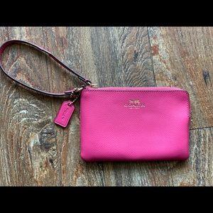 💕 Pink Coach wristlet